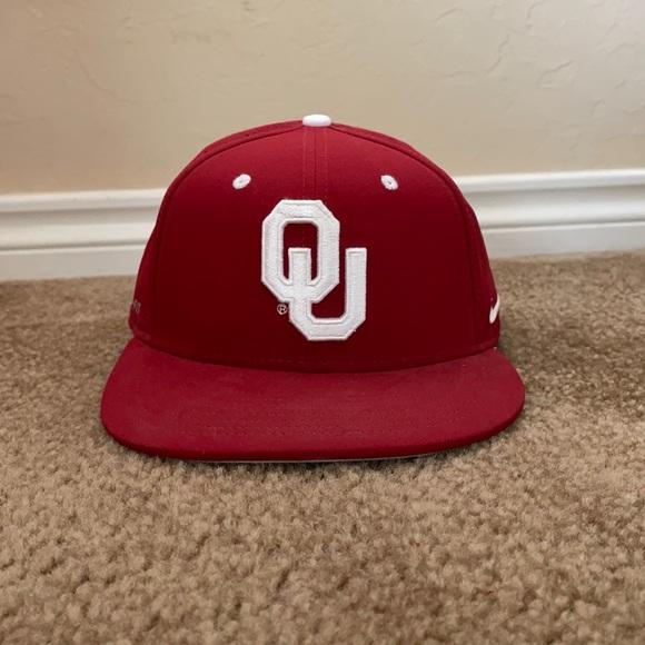 Nike dri fit Oklahoma Sooners hat